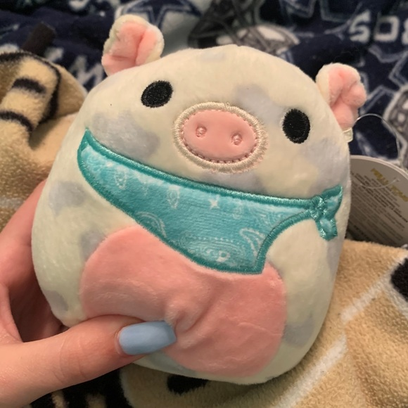 4.5 in Easter Squishmallow Pig